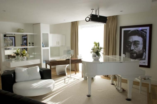 The JohnLennon Suite Hard days Night Hotel