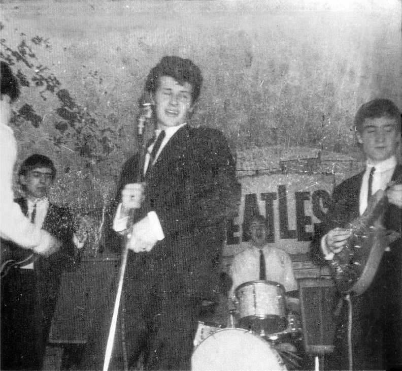 pete best singing with the beatles
